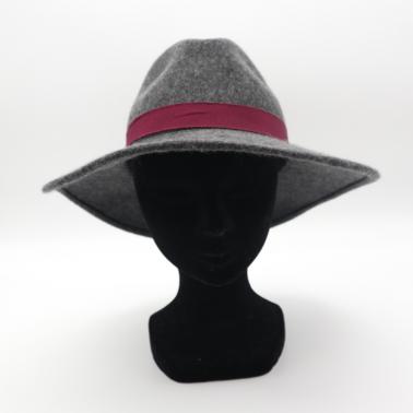 Gabi, Kanopi le chapeau français