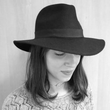 Indiana necklace Fred, Kanopi, le chapeau français